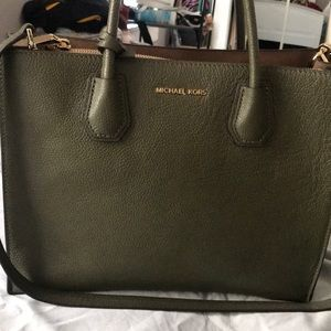 Beautiful mk purse
